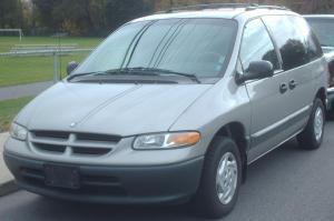 1996-2000_Dodge_Caravan_4-Door