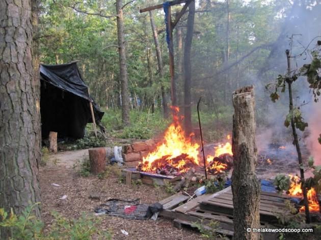 tent-city-fire-630x472